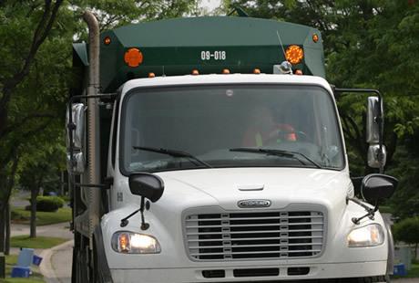 Garbage Truck 460x310